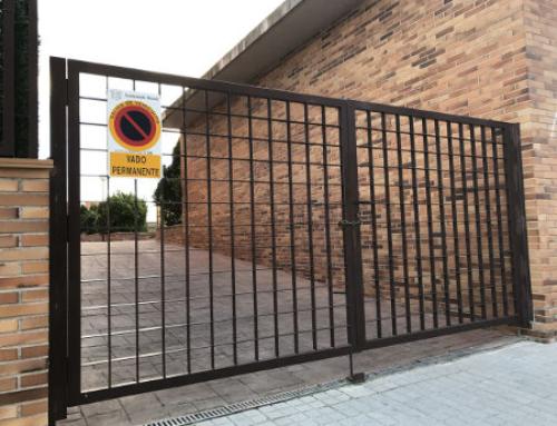 ¿Qué tipos de puertas necesita una comunidad de vecinos?